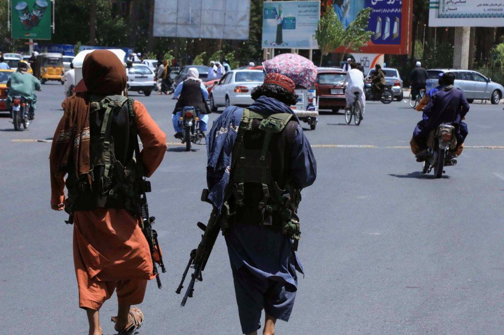 Afghan politicians reportedly leave Kabul for Pakistan: Al-Jazeera
